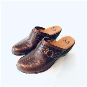 Sofft Leather Mule Clog Slides